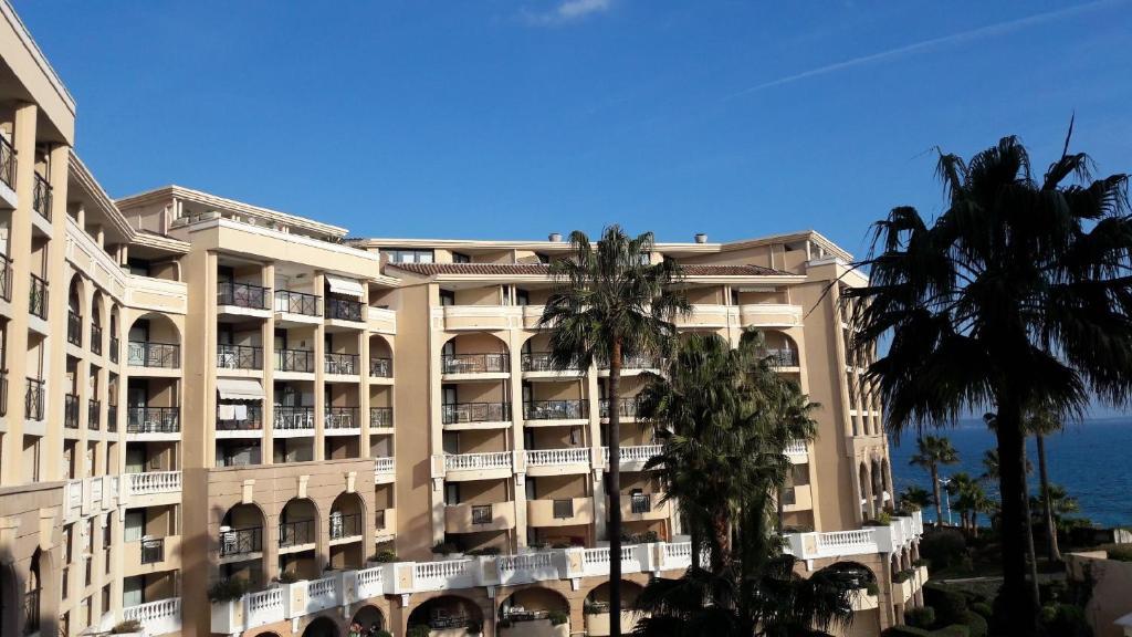 Appartement Palm d'Azur room 5